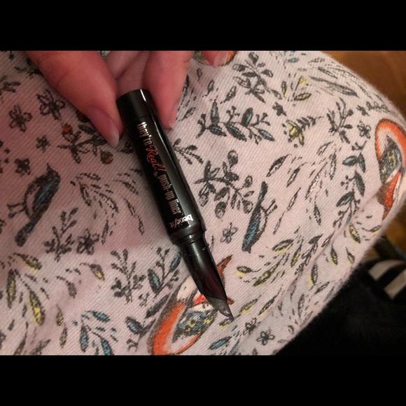 Benefit push up liner- Black